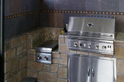 kitchen-sideburnersfinishedkitchen