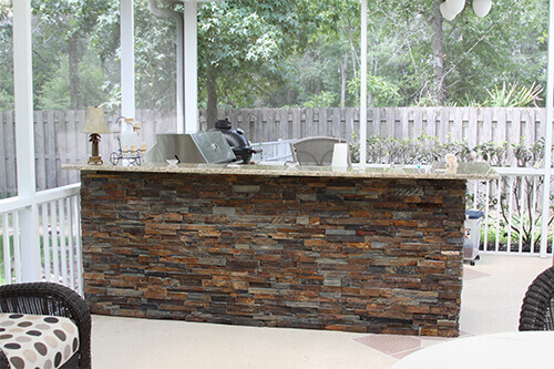 Outdoor Kitchen - Stacked Stone