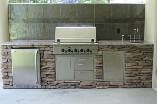 Outdoor Kitchen Grill - 10ft. Kitchen Stone Face